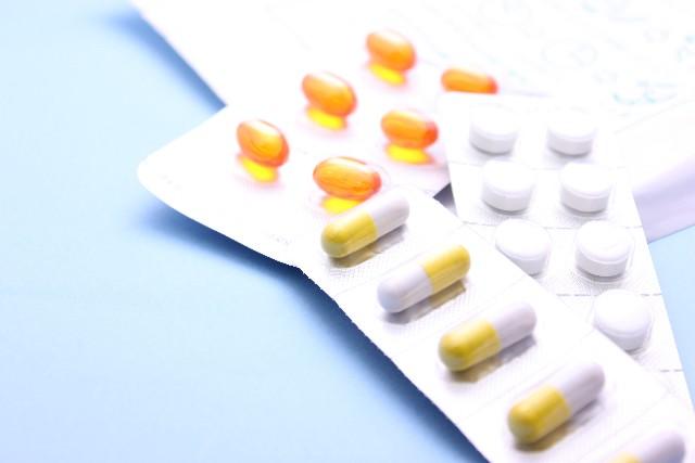 医薬品市場、C型肝炎薬「バブル」発生中。「IFNフリー」経口薬が続々登場、苦境の卸に一時的恩恵